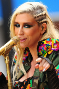 Kesha on tour